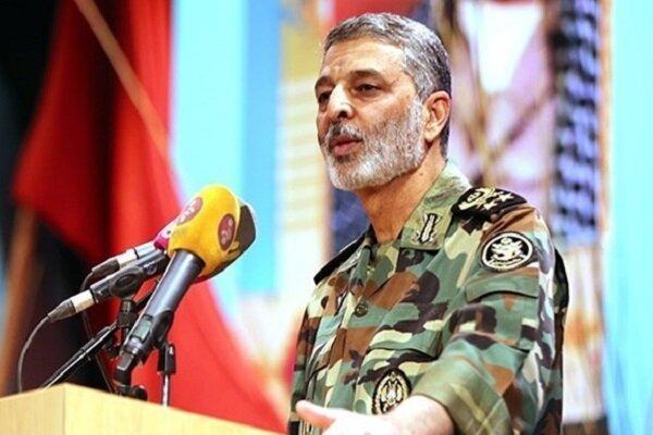 موسوی: دشمن چندبار تجهیزات ارتش ایران را امتحان کرد و ضربه اش را خورد