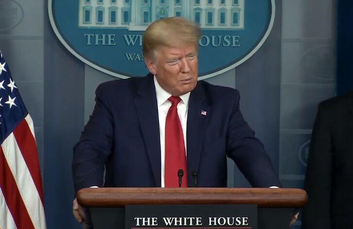 خبرنگاران ترامپ صورت خود را نمی پوشاند