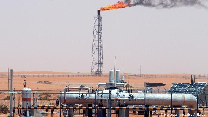 گفت وگوی سناتورهای آمریکا با عربستان برای کاهش فراوری نفت